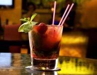 Une consommation modérée peut transmettre l'alcoolisme à l'enfant