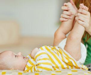 Le massage pour bébé s'apprend