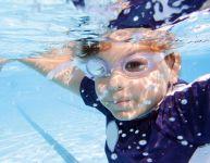 Apprendre à nager ne suffit pas