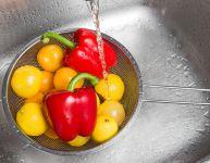 Lavez vos fruits et vos légumes