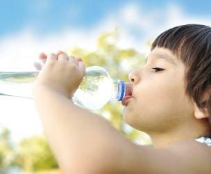 Prévenir la déshydratation des enfants