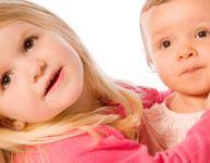 Routine de 9 à 12 mois avec un autre enfant