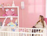 Decorating baby's room