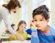 Mon enfant est stressé par l'école