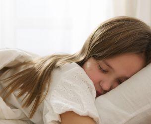 Fixer l'heure du coucher des enfants d'âge scolaire