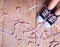 Teaching kids to tie their shoes