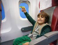 Préparer un enfant à prendre l'avion