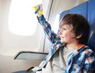 Jouets pour passer le temps en avion
