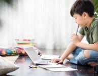 Outils en ligne pour poursuivre l'éducation des enfants