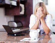 Les difficultés financières du congé de maternité