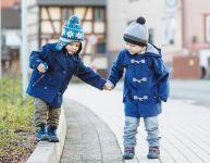 6 façons dont les plus vieux peuvent aider les plus jeunes