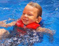 Que doit porter bébé pour barboter cet été?
