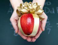 Idées-cadeaux pour les professeurs et les éducatrices