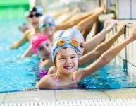 Les enfants devraient-ils suivre des cours de natation?