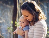 Réconforter, jouer et enseigner - une approche parentale tout en douceur