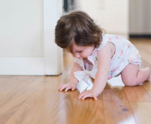 Baby is now crawling and walking : Is your house secure ?