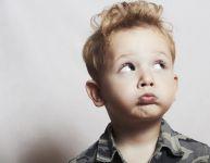 « Sois un homme » : des paroles dommageables pour les garçons