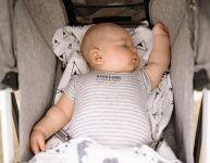 Aider bébé à bien dormir les jours de canicule