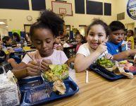 Le chaos des dîners à l'école