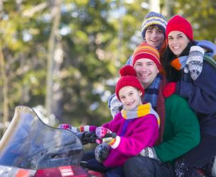 Motoneige en famille: 10 conseils pour assurer votre sécurité