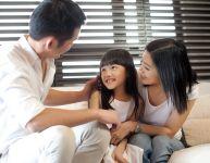 10 pensées positives à transmettre à vos enfants