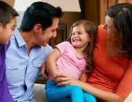 Ce que les quatre partis politiques proposent aux familles